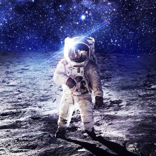 Lầm tưởng vĩ đại đằng sau cuộc đổ bộ Mặt Trăng của Mỹ: Lịch sử chôn giấu bí mật gì? - Ảnh 2.