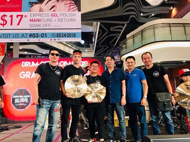 Vượt hàng trăm đối thủ, 2 nghệ sĩ trẻ Việt giành giải Nhất thi trống quốc tế - Ảnh 3.