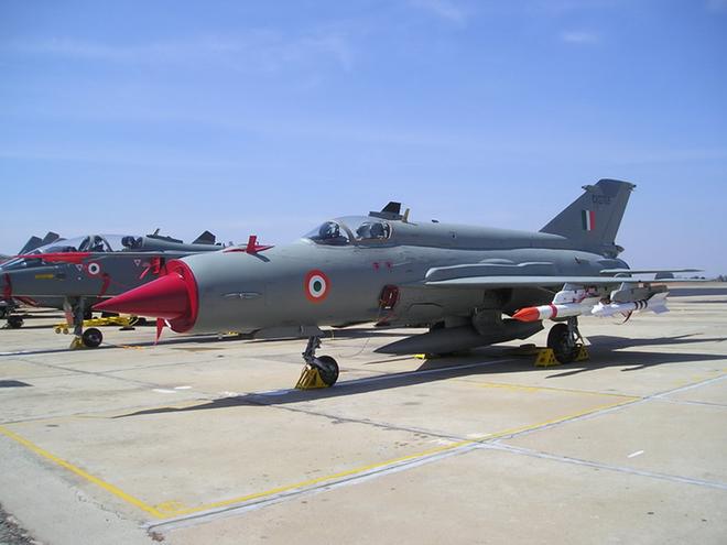MiG-21 bị bắn tan xác trong trận không chiến Ấn Độ-Pakistan: F-16 vẫn còn là điều bí ẩn - Ảnh 4.