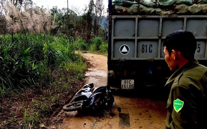 Cô giáo nghèo chạy xe máy 130km đi dạy bị tai nạn buộc phải cắt bỏ cánh tay