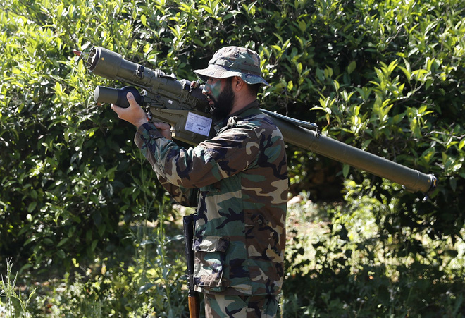 UAV Israel rụng như sung, Hezbollah có vũ khí phòng không tối thượng nào trong tay? - ảnh 1