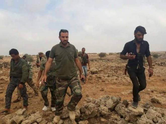 Mỹ, Israel liều lĩnh vượt lằn ranh đỏ tấn công Đông Syria - 2 máy bay UAV quân sự Israel bị bắn rơi liên tiếp - Ảnh 1.