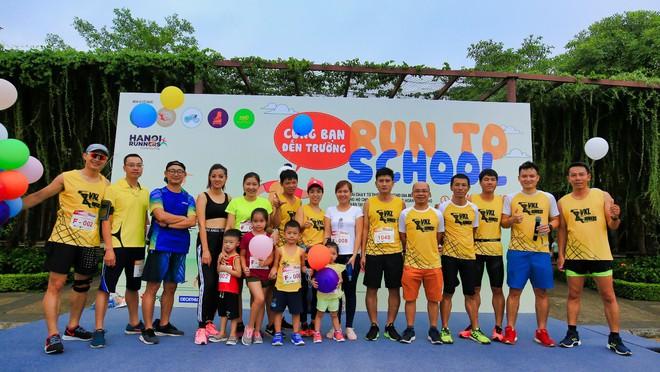 """6 CLB chạy tại Hà Nội """"cùng bạn đến trường"""" và giấc mơ về """"Ngày chạy bộ Việt Nam"""" - Ảnh 3."""