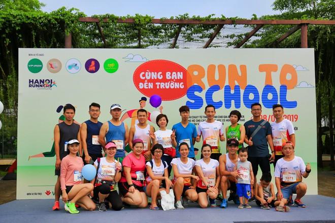 """6 CLB chạy tại Hà Nội """"cùng bạn đến trường"""" và giấc mơ về """"Ngày chạy bộ Việt Nam"""" - Ảnh 4."""