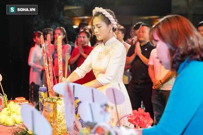 NSƯT Chí Trung, Bảo Thanh, Thu Quỳnh và nhiều nghệ sỹ nổi tiếng dâng hương giỗ Tổ nghề - Ảnh 9.