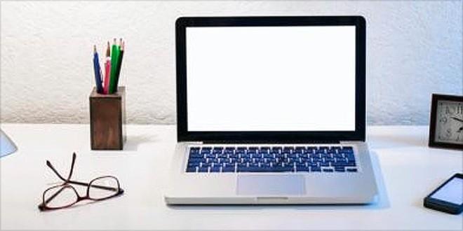 Giải mã tính cách chủ nhân qua bàn làm việc: Bàn lộn xộn là dấu hiệu bạn bị trầm cảm? - Ảnh 5.