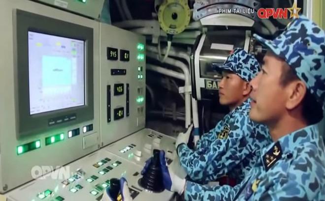 Bộ đội Việt Nam huấn luyện tàu ngầm ở Hàn Quốc: Giúp thủy thủ tàu ngầm trở nên tuyệt vời