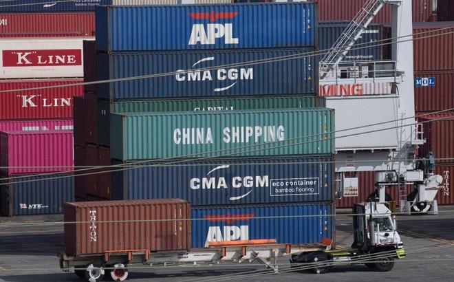 """Thương chiến đảo chiều: Trung Quốc bất ngờ """"xuống nước"""", miễn thuế một loạt hàng hóa Mỹ"""