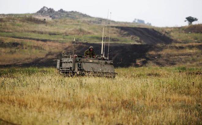 Lo Israel bất ngờ không kích trong vài ngày tới, quân đội Syria nâng mức báo động