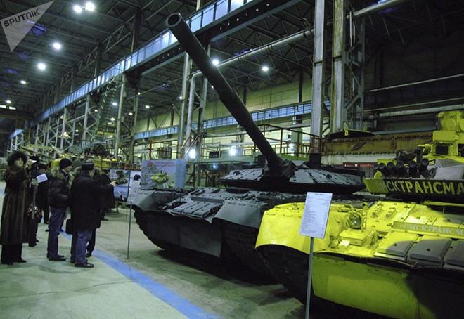 Nga đưa 10 chiến tăng bay T-80 đến hạm đội Thái Bình Dương - ảnh 1