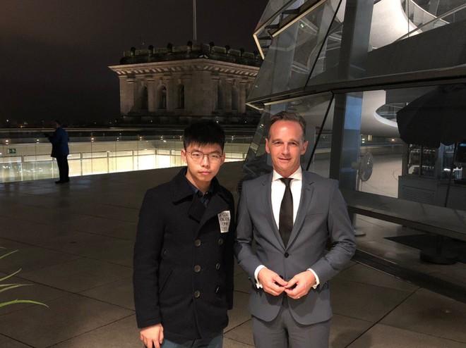 Joshua Wong gặp Ngoại trưởng Đức, Bắc Kinh chỉ trích gay gắt - Ảnh 1.