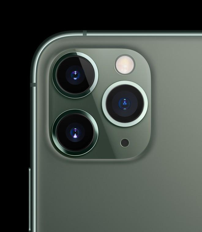 iPhone 11 vừa ra mắt, hội chị em tấm tắc khen màu sắc chuẩn bánh bèo nhưng cụm camera lại là một trò đùa hài hước - ảnh 4