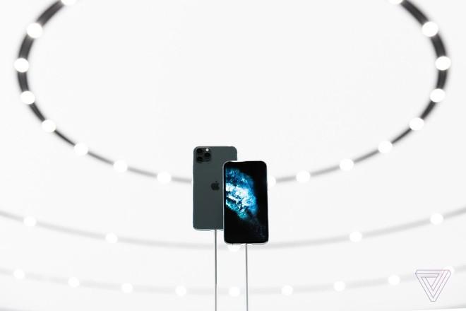 Người dùng Trung Quốc đang troll Apple vì không ra mắt iPhone có 5G - Ảnh 1.