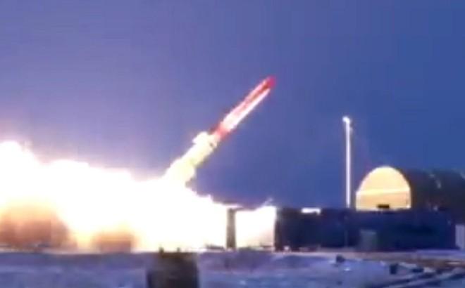 """Tình báo Mỹ """"sốt vó"""": Tên lửa hạt nhân bất khả chiến bại của Nga sẽ trực chiến vào 2025"""