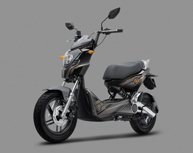 Chính thức lộ diện 2 mẫu xe điện phong cách thể thao hoàn toàn mới của VinFast - Ảnh 1.