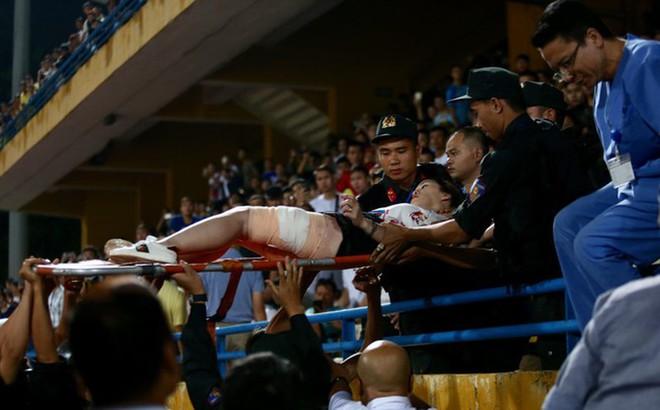 Nhóm người xuẩn ngốc đã làm xấu hình ảnh bóng đá quốc gia - Ảnh 2.