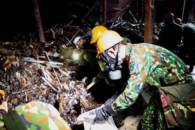 Thượng tá Nguyễn Văn Bổng: Thời gian khử độc ở Rạng Đông sẽ khá lâu - Ảnh 2.