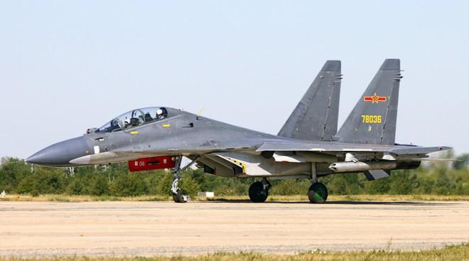Bẽ bàng trước Mỹ, Trung Quốc đã nhờ Su-30MKK của Nga mà ngẩng mặt lên như thế nào? - Ảnh 3.