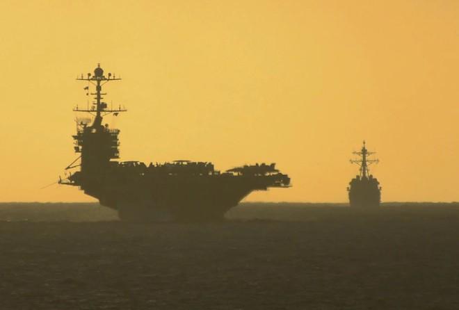 Tàu sân bay Truman bị sự cố bất ngờ, để mặc nhiều tàu chiến Mỹ bị đe dọa ở Đại Tây Dương? - ảnh 4