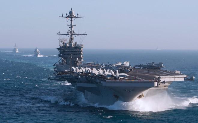 Tàu sân bay Truman bị sự cố bất ngờ, để mặc nhiều tàu chiến Mỹ bị đe dọa ở Đại Tây Dương?