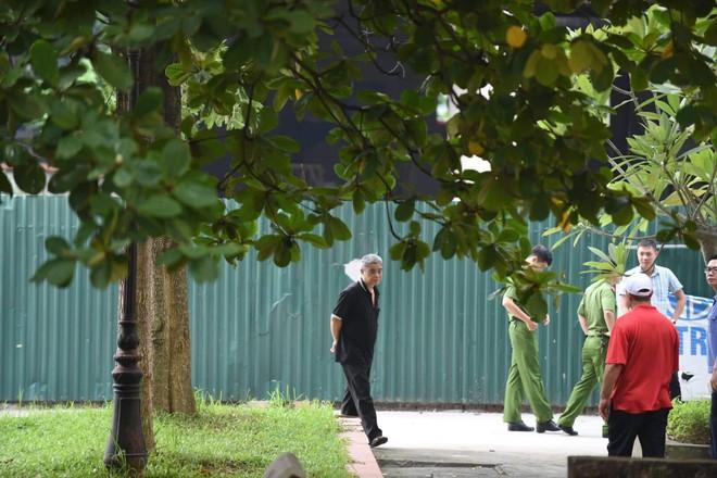Luật sư: Buổi thực nghiệm hiện trường ngày 13/9 chưa liên quan đến bà Nguyễn Bích Quy - Ảnh 6.