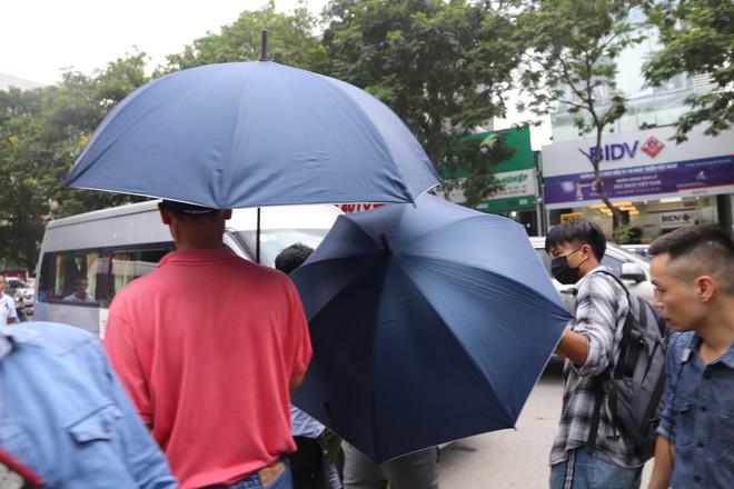 Luật sư: Buổi thực nghiệm hiện trường ngày 13/9 chưa liên quan đến bà Nguyễn Bích Quy - Ảnh 13.
