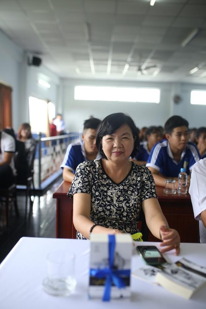 Thường xuyên dạy khởi nghiệp cho sinh viên, nữ giảng viên vẫn bất ngờ vì Hành trình Từ Trái Tim - Ảnh 4.