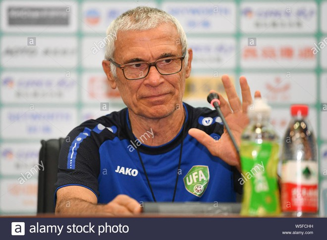 HLV có đẳng cấp thế giới của Uzbekistan bị sa thải sau 1 trận thua ở vòng loại World Cup - Ảnh 1.