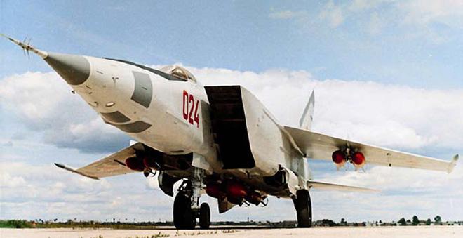 Sứ giả đặc biệt của Liên Xô khiến phòng không Trung Quốc khóc ròng vì bất lực - ảnh 1