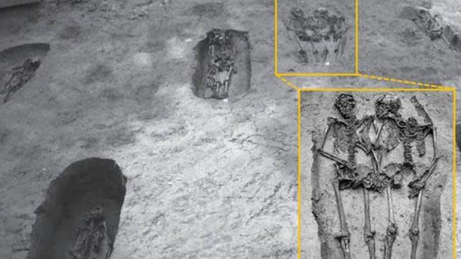 Bộ xương cổ đại Lovers of Modena được xác định là... hai người đàn ông - Ảnh 2.
