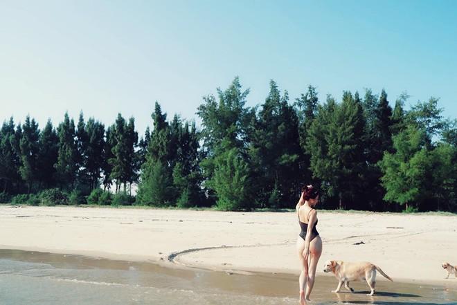 Thí sinh The Face 2018 tung loạt ảnh sexy với bikini - Ảnh 1.