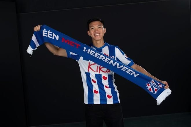 HLV Heerenveen thất vọng vì Văn Hậu không kịp sang Hà Lan đấu Ajax - Ảnh 1.