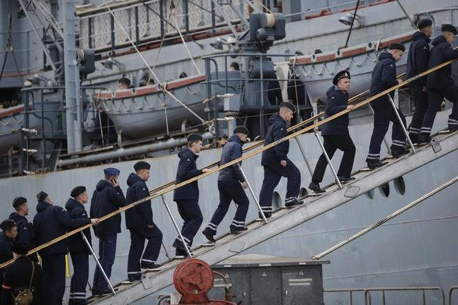 Thành bại tại Crimea: Bị Pháp từ chối phũ phàng, Nga vẫn lãi lớn khi nắm trọn bí mật tàu sân bay? - Ảnh 2.