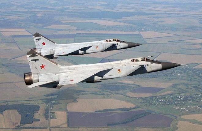 5 máy bay tiêm kích tốt nhất thế giới trong Chiến tranh Lạnh - Ảnh 2.