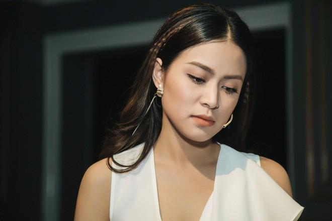 Tuổi 31 của Hoàng Thùy Linh: Từ 'Vàng Anh' vỡ vụn trước 'cú tát' cuộc đời ở tuổi 19 tới 'nữ đại gia' dám sống, dám yêu, dám từ bỏ - ảnh 2