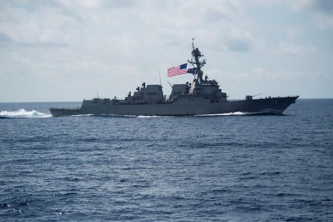 Mỹ điều tàu khu trục tên lửa áp sát Hoàng Sa, thách thức TQ trên Biển Đông: Quân đội TQ tức điên - Ảnh 2.