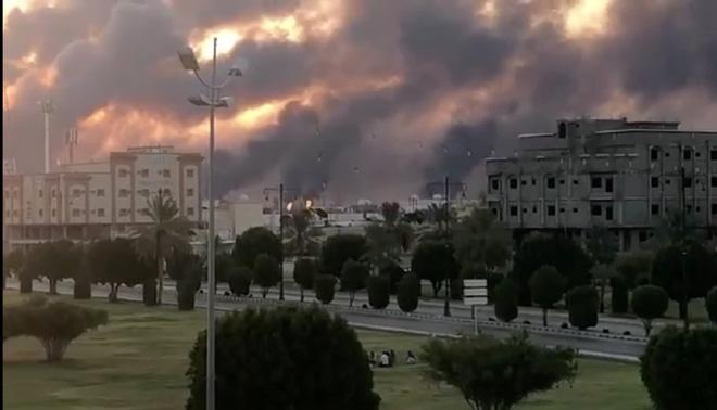 Tên lửa Patriot đại bại trước Phi đội Tử thần của Houthi: Nỗi hổ thẹn của người Mỹ? - Ảnh 1.