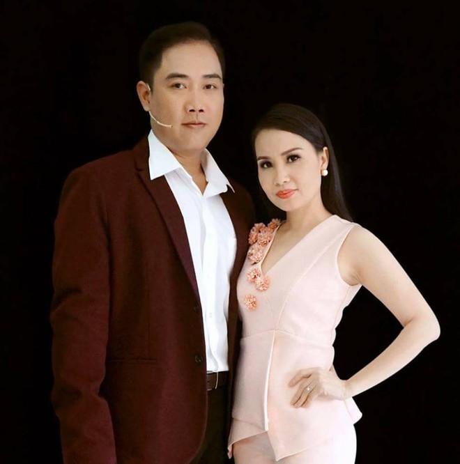 Ca sĩ Đình Văn đính chính thông tin liên quan đến chồng Cẩm Ly - Ảnh 1.