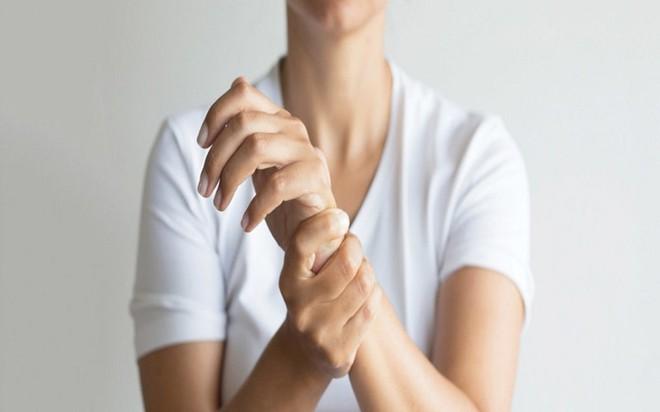18 nguyên nhân gây tê đầu ngón tay - Ảnh 6.