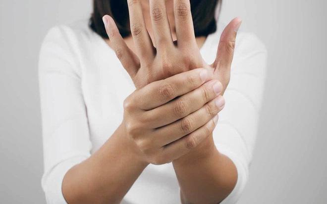 18 nguyên nhân gây tê đầu ngón tay - Ảnh 9.