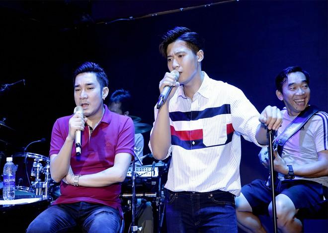 Đan Trường, Lệ Quyên không ngại trời mưa đến tập hát cùng Quang Hà - Ảnh 9.