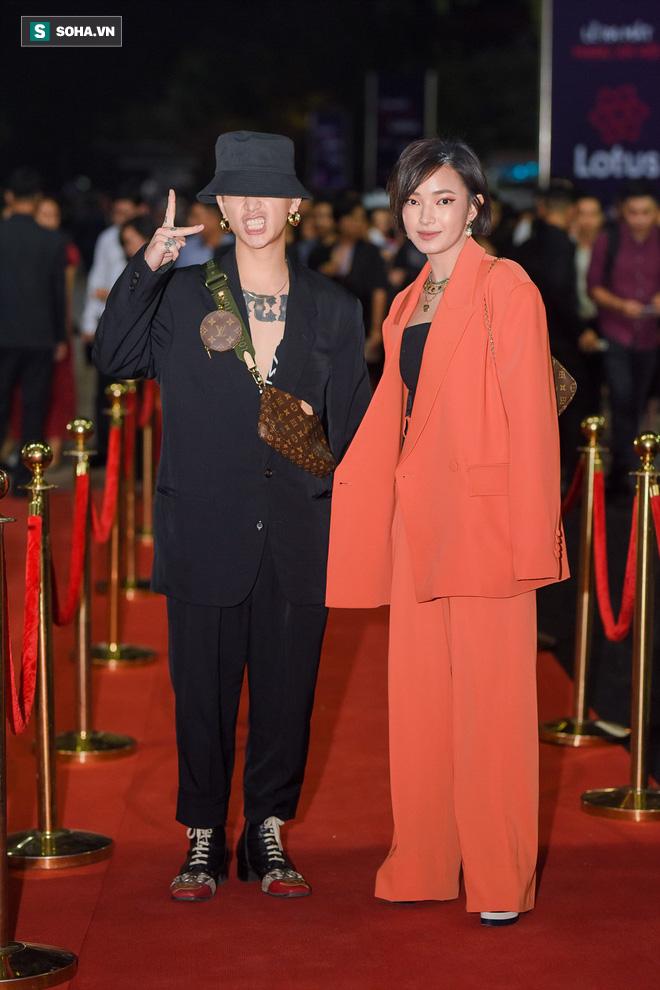 Sao Việt đại náo thảm đỏ lễ ra mắt mạng xã hội Lotus - Ảnh 8.
