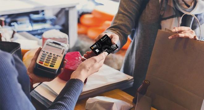 9 quy tắc dùng thẻ tín dụng bạn không bao giờ được phá vỡ - Ảnh 8.