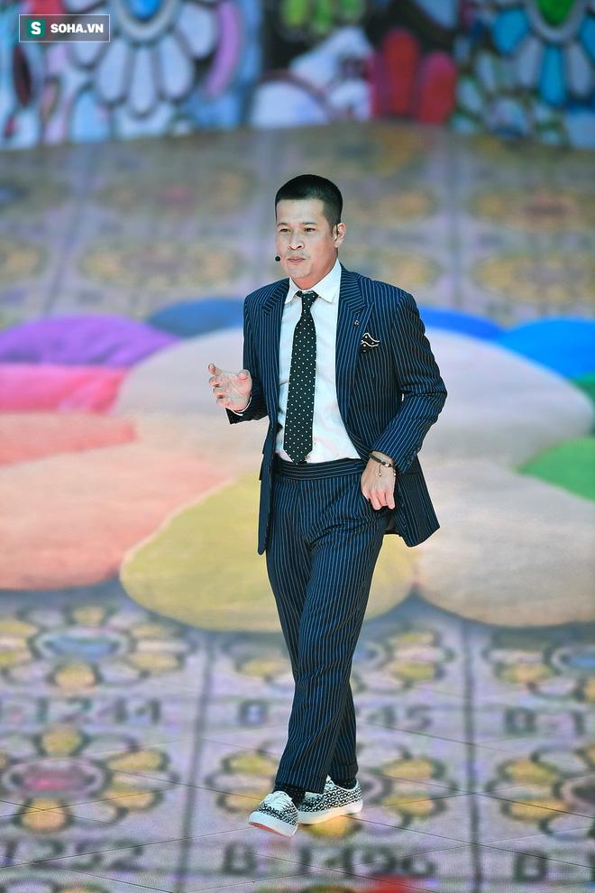 Đạo diễn Việt Tú: Lotus có tính năng đặc biệt mà Facebook không có - Ảnh 1.