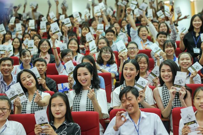 Hành trình Từ Trái Tim khơi dậy khát vọng lớn cho tuổi trẻ Miền Đông và Tây Nam Bộ - Ảnh 3.