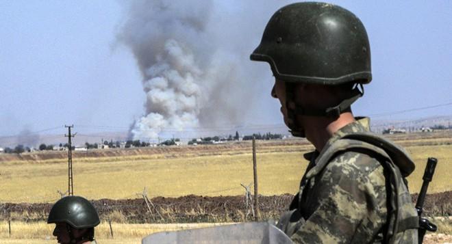 """""""Hung thần"""" xoay chuyển tình thế ở Syria: Lính Thổ run sợ đứng nhìn đồng minh bị tàn sát? - Ảnh 5."""