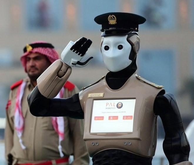 Những chuyện kỳ lạ về công nghệ ở Dubai - Ảnh 5.