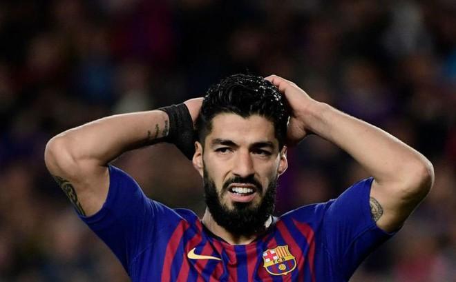 Barcelona thoát hiểm, nhưng có một ngôi sao đã vứt đi cơ hội cuối cùng