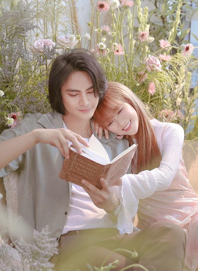 Đinh Hương ôm hôn tình cảm mỹ nam nổi tiếng Thái Lan trong MV mới - Ảnh 5.