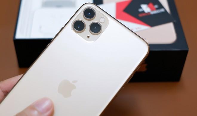 Muốn iFan Việt trải nghiệm sớm nhất, chủ tiệm chi 100 triệu đồng đưa iPhone 11 về nước - Ảnh 4.